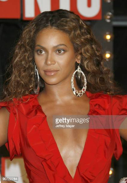 Singer Beyonce Knowles attends the 2009 MTV Video Music Awards at Radio City Music Hall on September 13 2009 in New York City