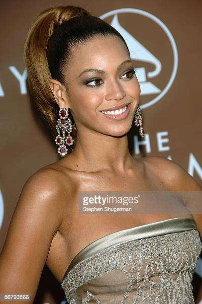 Singer Beyonce Knowles of Destiny's Child arrives at the 48th Annual Grammy Awards at the Staples Center on February 8 2006 in Los Angeles California