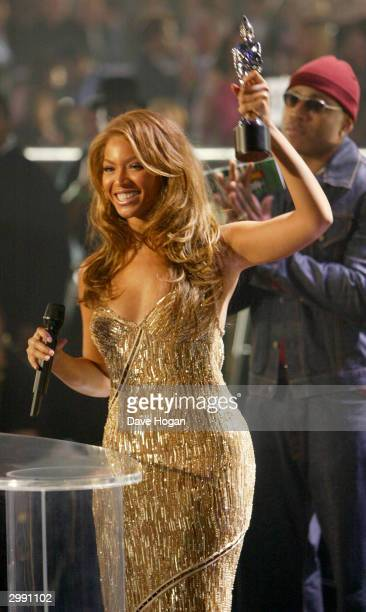 Singer Beyonce Knowles on stage at the Brit Awards 2004 at Earls Court 2 on February 17 2004 in London