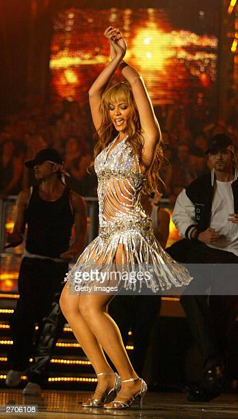 Singer Beyonce Knowles performs at the MTV Europe Music Awards 2003 on November 6 2003 in Edinburgh Scotland