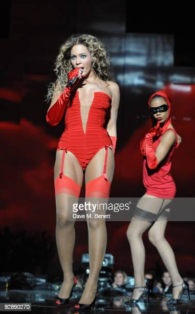 Singer Beyonce Knowles performs during the 2009 MTV Europe Music Awards held at the O2 Arena on November 5 2009 in Berlin Germany