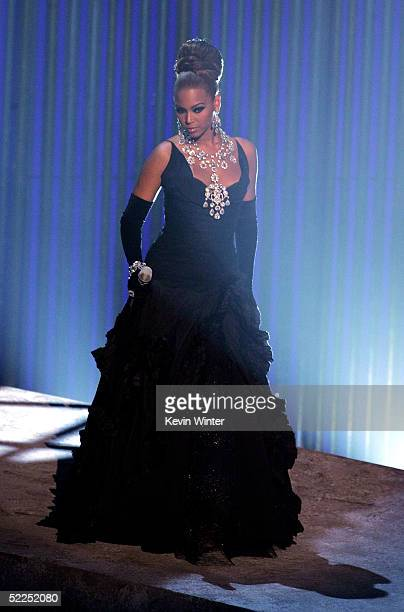 TELECAST*** Singer Beyonce Knowles performs on stage during the 77th Annual Academy Awards on February 27 2005 at the Kodak Theater in Hollywood...