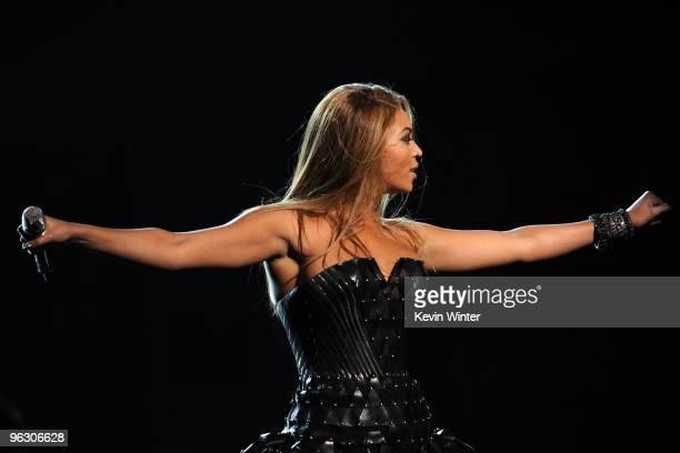 Singer Beyonce Knowles performs onstage during the 52nd Annual GRAMMY Awards held at Staples Center on January 31 2010 in Los Angeles California