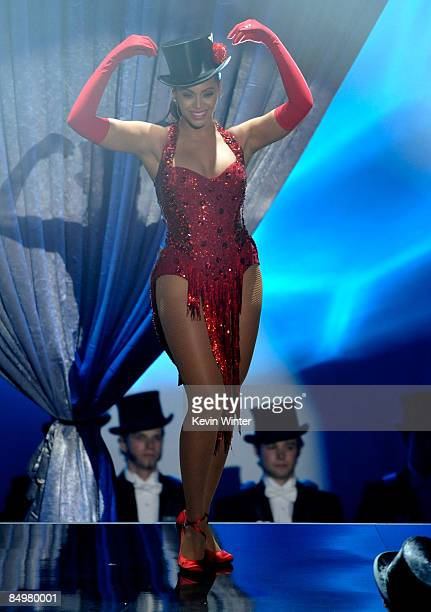Singer Beyonce Knowles preforms during the 81st Annual Academy Awards held at Kodak Theatre on February 22 2009 in Los Angeles California