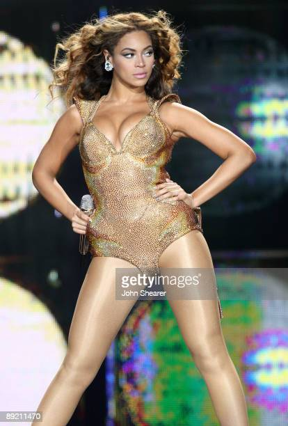 Singer Beyonce performs on the I Am tour at the Staples Center on July 13 2009 in Los Angeles California
