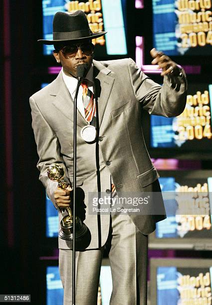 Singer Big Boi of Outkast with his award for Best Rap/Hip Hop Artist on stage during the 2004 World Music Awards at the Thomas and Mack Center on...