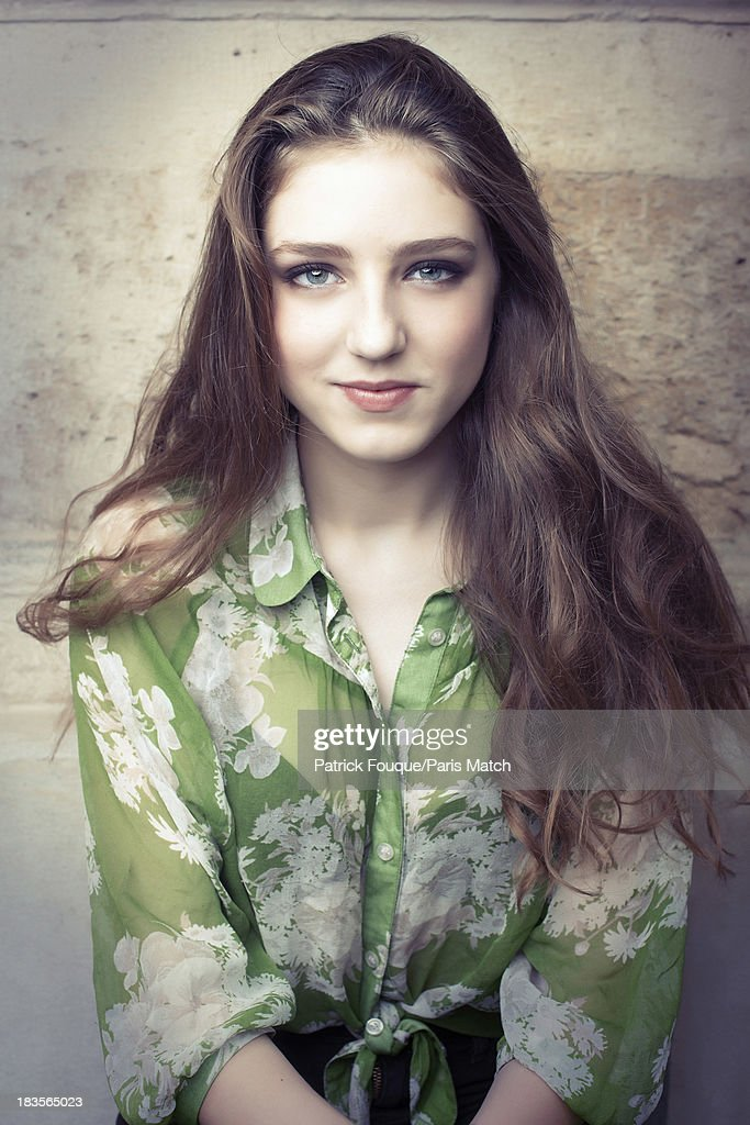 Birdy, Paris Match Issue 3359, October 9, 2013