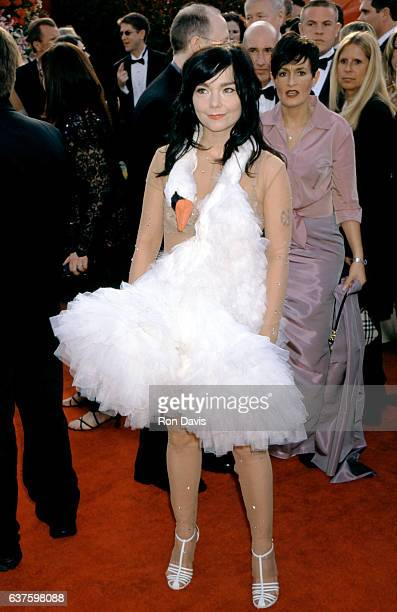 Singer Bjork wearing a swan dress is a Best Song nomminee for 'Dancer in the Dark' as she arrives for The 73rd Annual Academy Awards on March 25 2001...