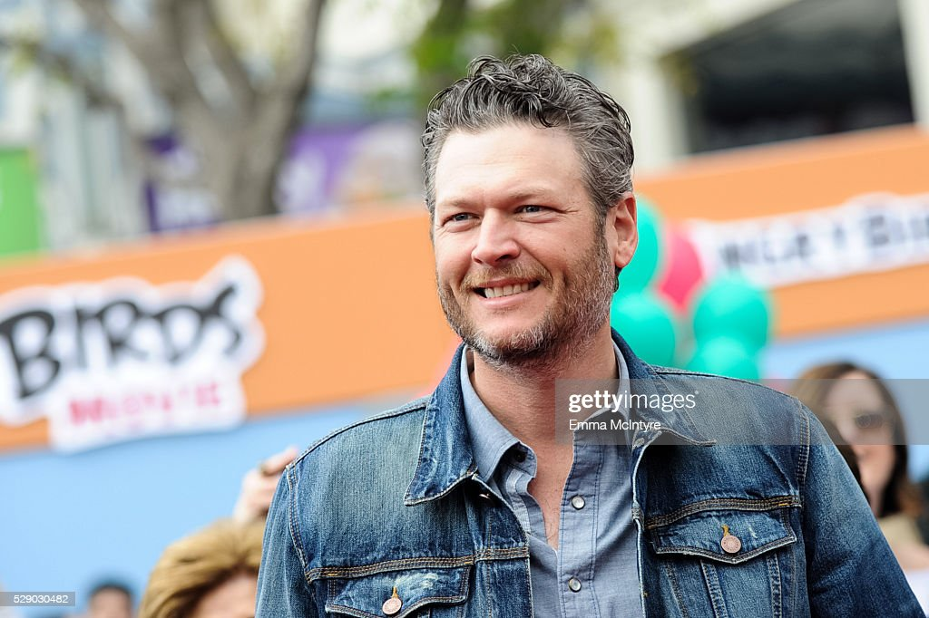 Singer Blake Shelton arrives at the premiere of Sony Pictures' 'Angry Birds' at Regency Village Theatre on May 7, 2016 in Westwood, California.