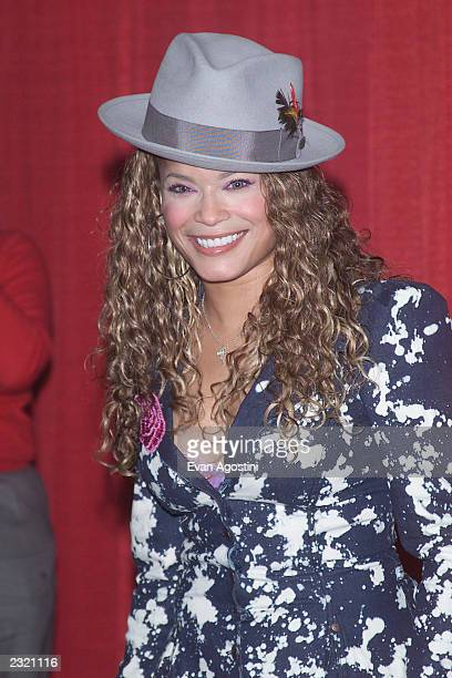 Singer Blu Cantrell backstage at 'KTU's Miracle On 34th Street' holiday concert at Madison Square Garden in New York City. . Photo: Evan...