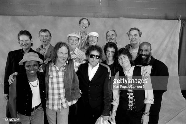 Singer Bob Dylan is photographed with Tracy Champman Neil Young Lou Reed and Ron Wood at his 30th Anniversary Concert Celebration at Madison Square...