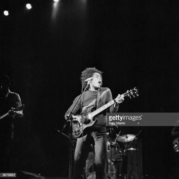singer Bob Marley in concert