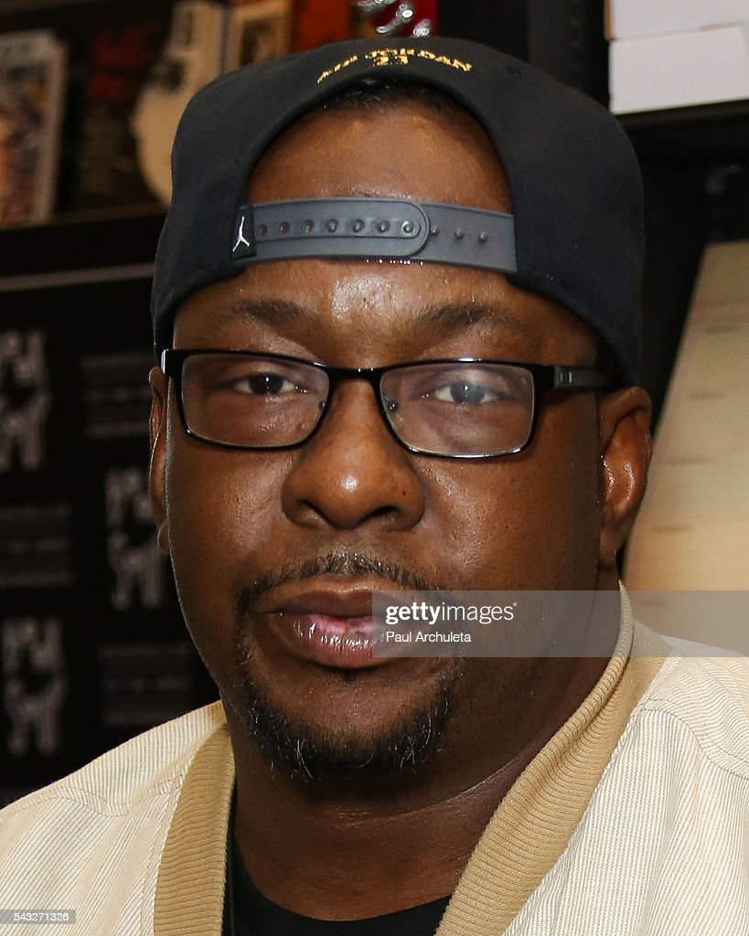 "Bobby Brown Book Signing For ""Every Little Step"" : News Photo"