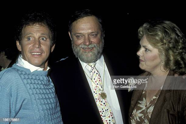 Singer Bobby Vinton wife Dolly Vinton and Al Hirt attend 'Salute' Party on October 3 1983 at Carlos and Charlie's Restaurant in Los Angeles California