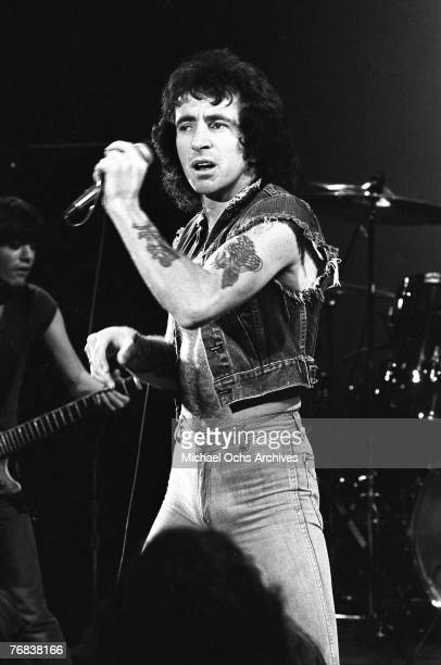 Singer Bon Scott who died in early 1980 performs a number circa 1977 in Hollywood California