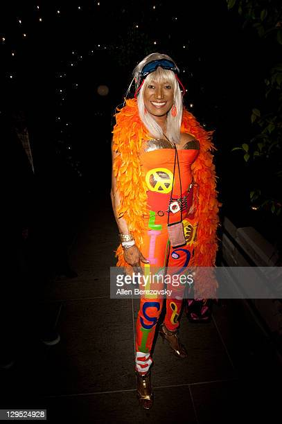 Singer Bonnie Pointer attends the Pearl Records Group CD release party for Platters star Kris Lamans And Lisa Rine at STK on October 17 2011 in Los...
