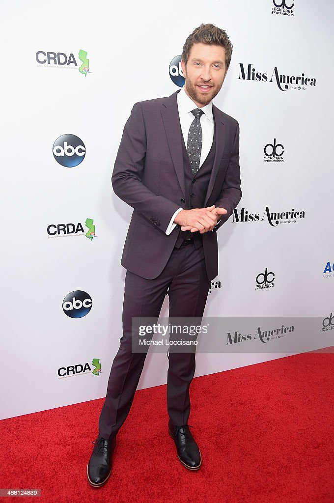 Singer Brett Eldredge attends the 2016 Miss America Competition at Boardwalk Hall Arena on September 13, 2015 in Atlantic City, New Jersey.
