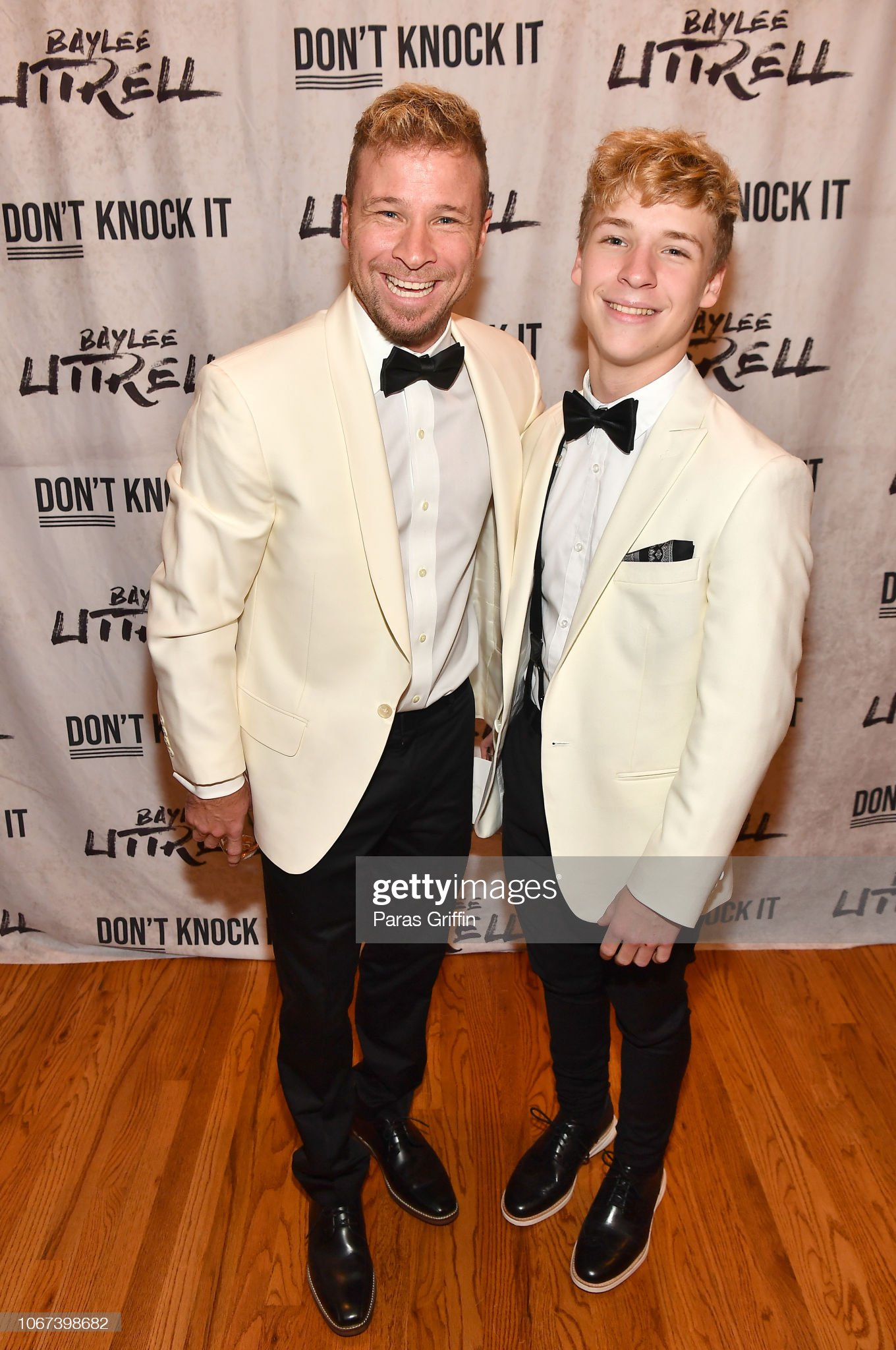 ¿Cuánto mide Baylee Littrell? - Altura - Real height Singer-brian-littrell-of-backstreet-boys-pose-with-his-baylee-at-picture-id1067398682?s=2048x2048