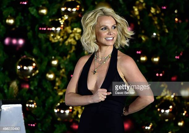 Singer Britney Spears arrives at a Christmas tree-lighting ceremony at The LINQ Promenade on November 21, 2015 in Las Vegas, Nevada.