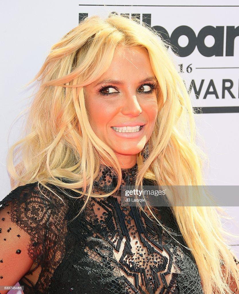 2016 Billboard Music Awards - Arrivals : News Photo