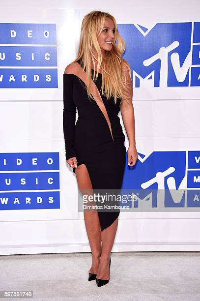 Singer Britney Spears attends the 2016 MTV Video Music Awards at Madison Square Garden on August 28, 2016 in New York City.