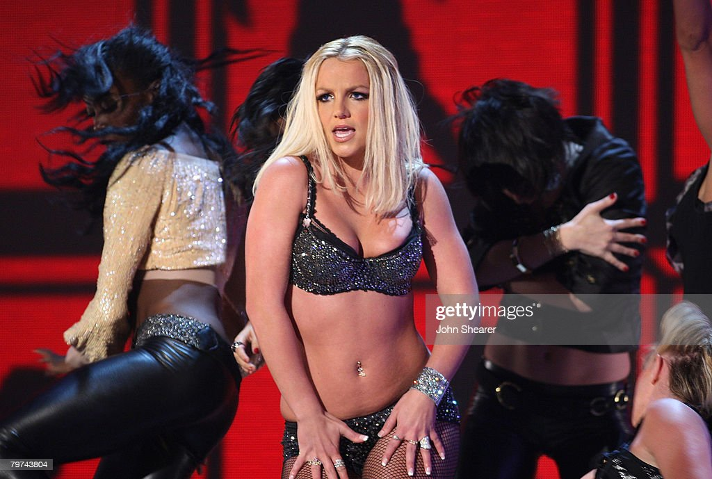 Singer Britney Spears Performs During The 2007 MTV Video Music