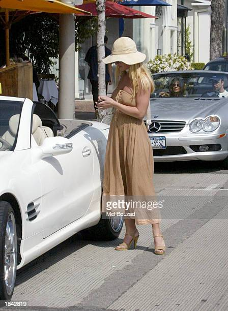 Singer Britney Spears walks to her car at the Sunset Plaza on March 11 2003 in Hollywood California