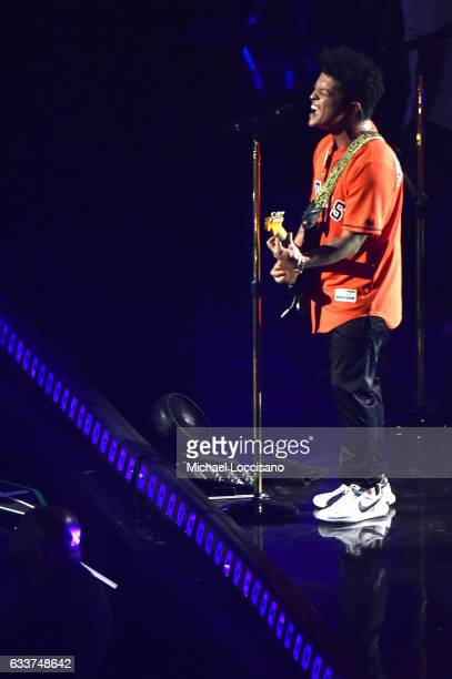 Singer Bruno Mars performs onstage at LIFEWTR Art After Dark including 1893 at Club Nomadic during Super Bowl LI Weekend on February 3 2017 in...