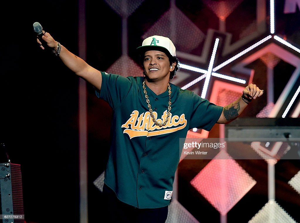 Singer Bruno Mars performs onstage during 102.7 KIIS FM's Jingle Ball 2016 presented by Capital One at Staples Center on December 2, 2016 in Los Angeles, California.