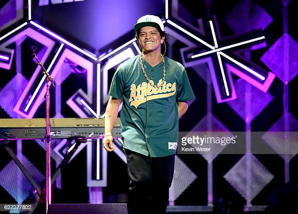Singer Bruno Mars performs onstage during 1027 KIIS FM's Jingle Ball 2016 presented by Capital One at Staples Center on December 2 2016 in Los...