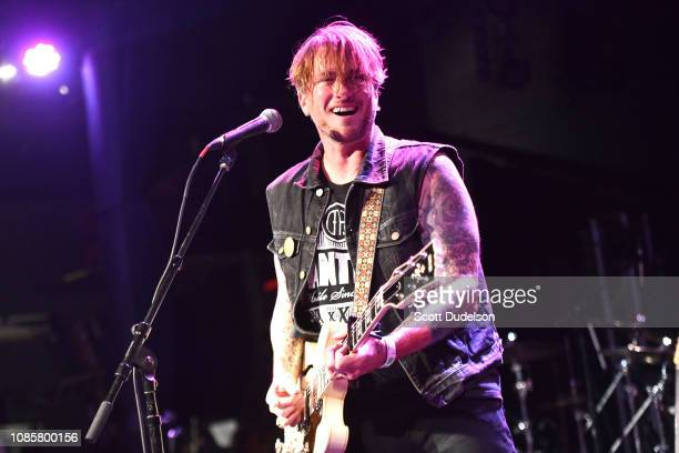 Singer Butch Walker performs onstage during the Love Music Benefit for victims of the Woolsey Fire at The Canyon Club on December 17 2018 in Agoura...