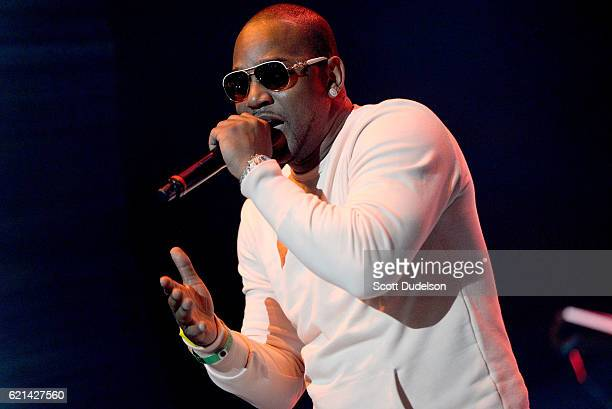 Singer Cam'ron performs onstage during the 92.3 Real Show at The Forum on November 5, 2016 in Inglewood, California.