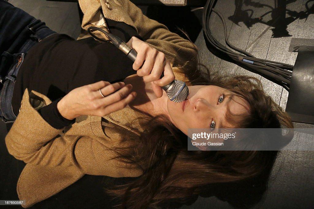 Carla Bruni, Portrait shoot, November 8, 2013