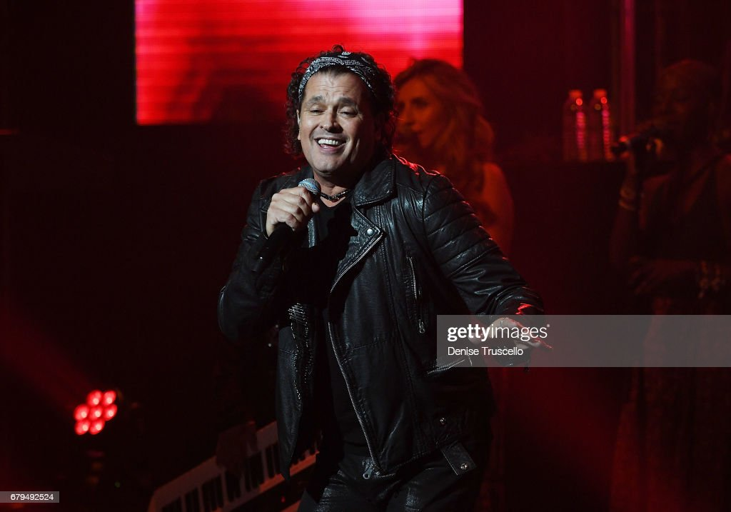 Singer Carlos Vives performs at The Pearl concert theater at Palms Casino Resort on May 5, 2017 in Las Vegas, Nevada.