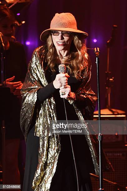 Singer Carly Simon performs onstage during the 2016 PreGRAMMY Gala and Salute to Industry Icons honoring Irving Azoff at The Beverly Hilton Hotel on...