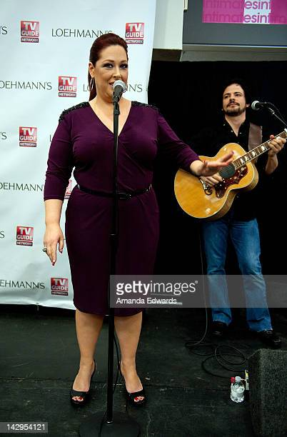 Singer Carnie Wilson of Wilson Phillips and her husband musician Rob Bonfiglio perform songs from Wilson Phillips' new album Dedicated at Loehmann's...