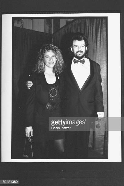 Singer Carole King posing w songwriter Gerry Goffin at the Rock and Roll Hall of Fame induction banquet at the WaldorfAstoria hotel