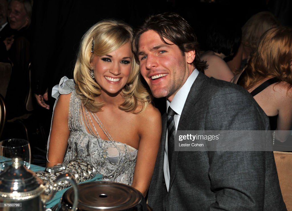 Singer Carrie Underwood and hockey Player Mike Fisher onstage during the 52nd Annual GRAMMY Awards - Salute To Icons Honoring Doug Morris held at The Beverly Hilton Hotel on January 30, 2010 in Beverly Hills, California.