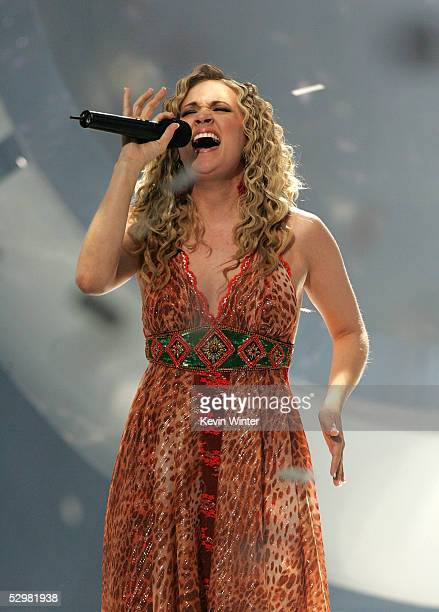 Singer Carrie Underwood performs after being named the next American Idol during the American Idol Finale Results Show held at the Kodak Theatre on...
