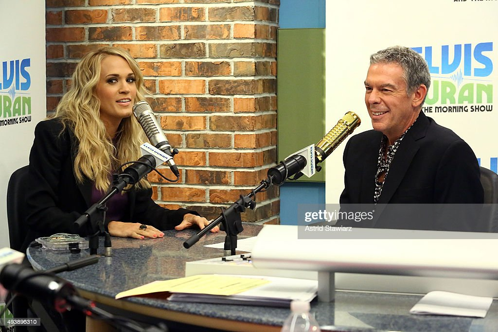 Singer Carrie Underwood talks with Elvis Duran during 'The Elvis Duran Z100 Morning Show' at Z100 Studios on October 22, 2015 in New York City.