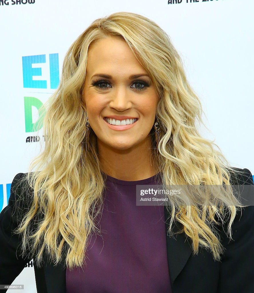 Singer Carrie Underwood visits 'The Elvis Duran Z100 Morning Show' at Z100 Studios on October 22, 2015 in New York City.