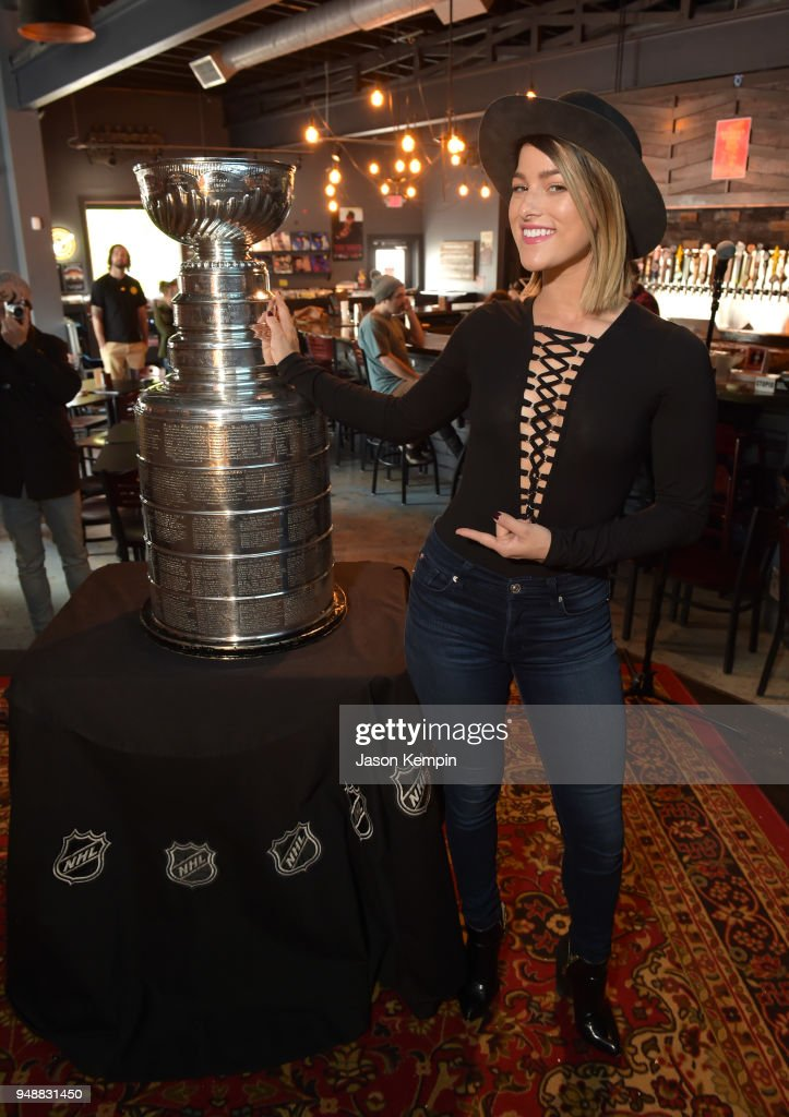 Cassadee Pope NHL Stanley Cup Photo Opportunity