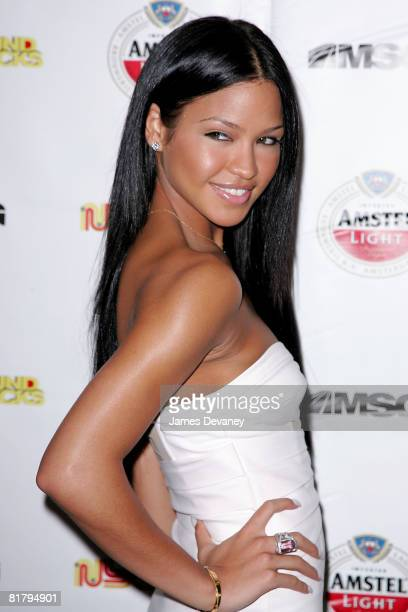 """Singer Cassie attends the premiere party for MSG's new series """"NYC Sound Tracks"""" at Metrazur Restaurant in Grand Central Terminal on July 1, 2008 in..."""