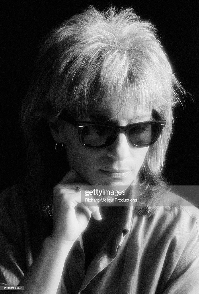 Singer Catherine Lara Wearing Sunglasses : Photo d'actualité