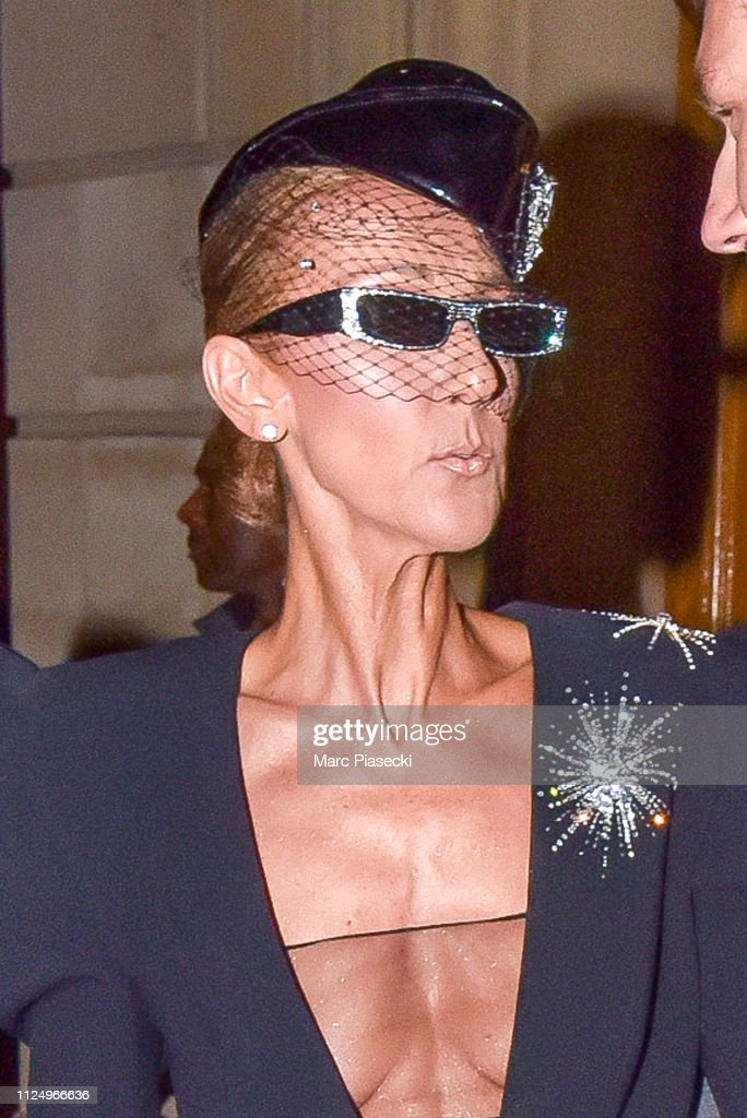 Celebrity Sightings in Paris - January 25 : Nachrichtenfoto