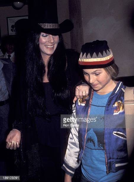 Singer Cher and actress Tatum O'Neal on February 1 1976 dine at The Palm Restaurant in Los Angeles California