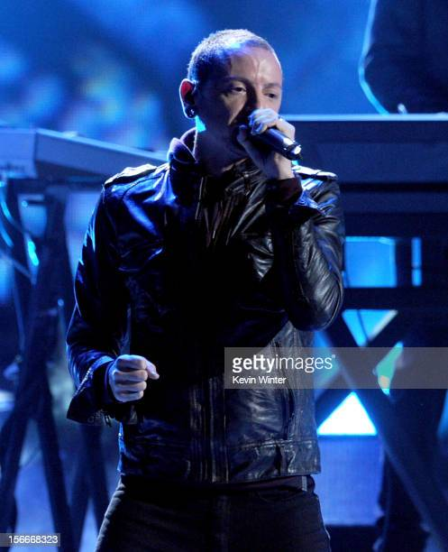 Singer Chester Bennington of Linkin Park performs onstage during the 40th American Music Awards held at Nokia Theatre LA Live on November 18 2012 in...