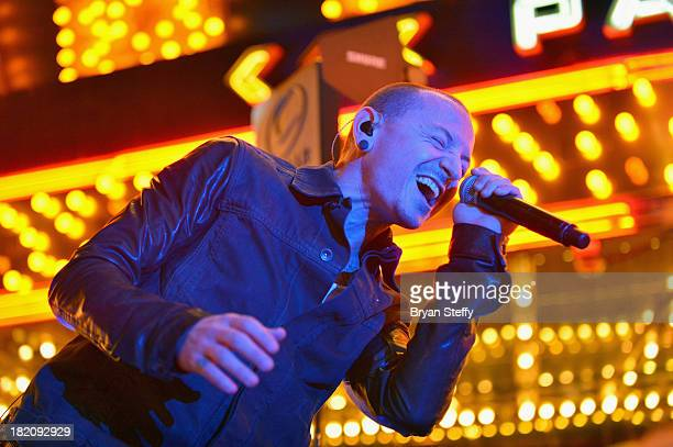 Singer Chester Bennington of the Stone Temple Pilots performs during the second annual grand opening celebration at the D Las Vegas on September 27...