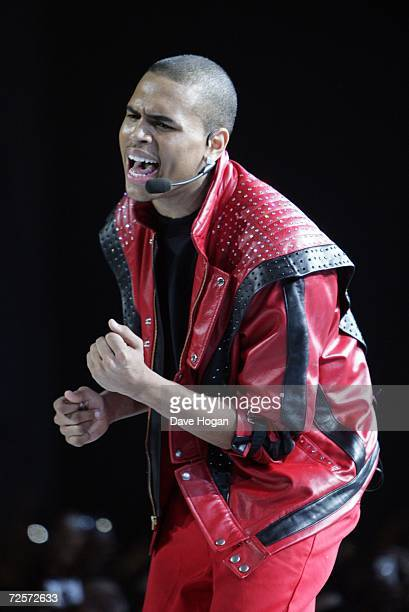Singer Chris Brown performs Michael Jackson hit 'Thriller' on stage during the 2006 World Music Awards at Earls Court on November 15 2006 in London