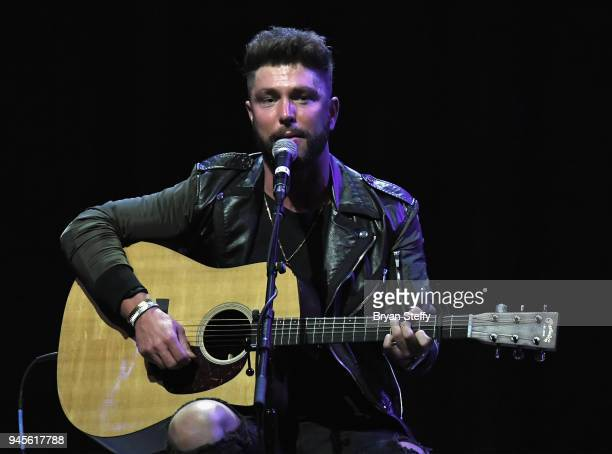 Singer Chris Lane performs during the 955 The Bull's 10th Annual AllStar Guitar Pull at The Pearl concert theater at Palms Casino Resort on April 12...